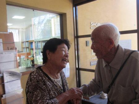 この方は、神さまですよ。障がい児教育の神さま。」 手を取り合って、再会を喜びました。