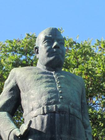 中央政界への影響力を持ちたい薩摩藩は、力量のある西郷を島から呼び戻すことを決めます。