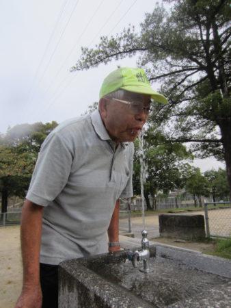 これは日本の名水100選『七窪』の地下水で美味しいらしい!
