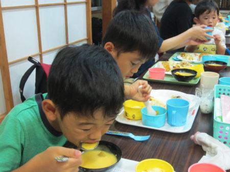 子どもの貧困が社会問題化