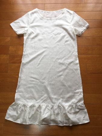 しかもワンピースだけでなく、ワンピースの下に着るインナードレスも作ってくれていました。