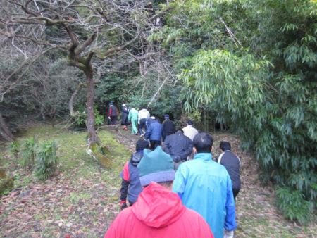 竹林を目指す父ちゃんたち…鹿児島市下田町