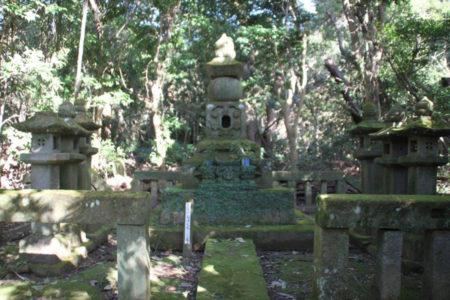 赤山靭負の父・島津久風の墓