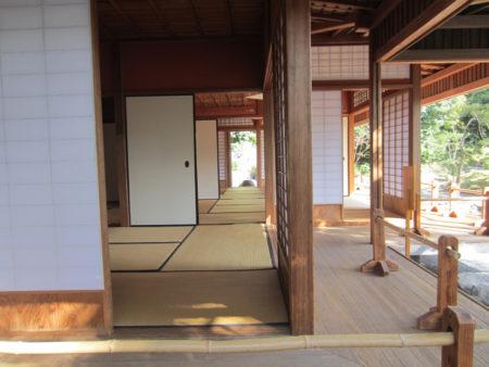 秀吉の伏見の茶室に倣って造られたといわれる茶室