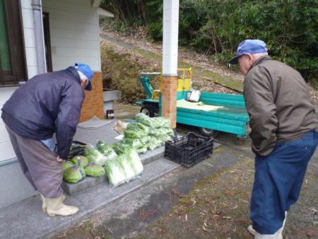 「がんばろう高山」で保冷車を購入。県の事業を活用しました