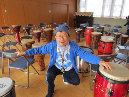 この方が、鹿児島でのドラムサークルを引っ張る 森田孝一郎さん(51)