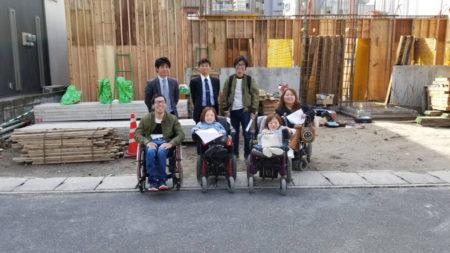 プロジェクトメンバーはこの7人!意見を交わし、一から作りあげました!