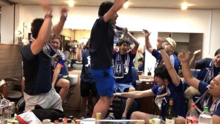 日本の勝利に、店内は!