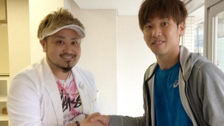 大迫勇也選手とがっちり握手!(去年6月・鹿児島市で)