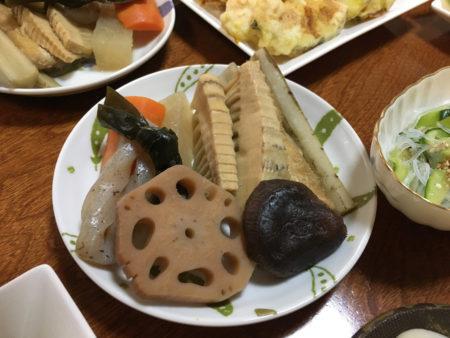煮しめ・・干し竹の子もよく煮えました。