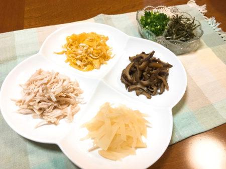 奄美の郷土料理「鶏飯」