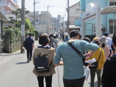 認知症の行方不明者を探す模擬訓練(今年4月・鹿児島市)