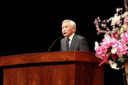 西郷南洲偉人祭で講演する山城さん(今年9月24日)
