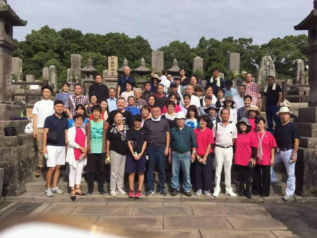 西郷さんの命日には、西郷さんのお墓の清掃にも参加しました! (鹿児島市の南洲墓地)