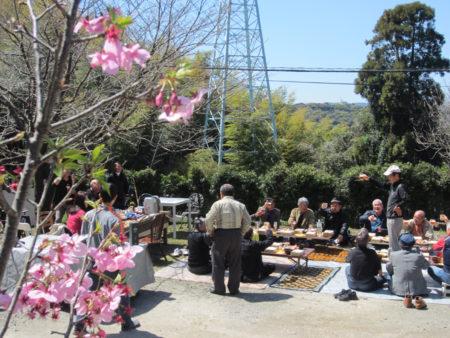 今年のお花見は、そんな55年を懐かしみ、振り返りながらの春の宴となりました。