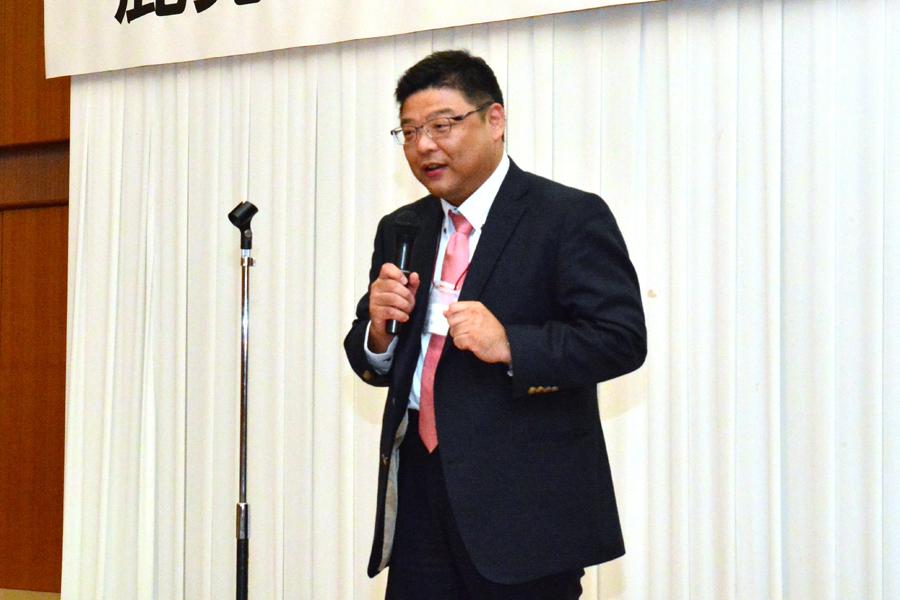 鹿児島県よろず支援拠点 チーフコーディネーター森友伸和さんに講評をしていただきました。