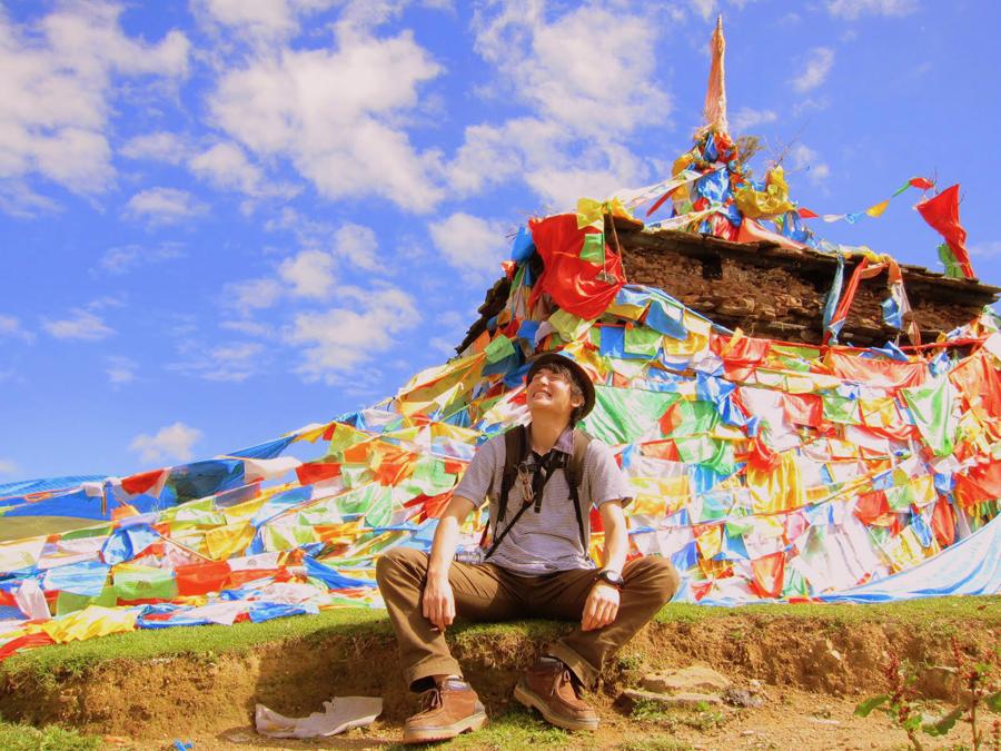 世界各地を旅してきた林さん(チベットにて)