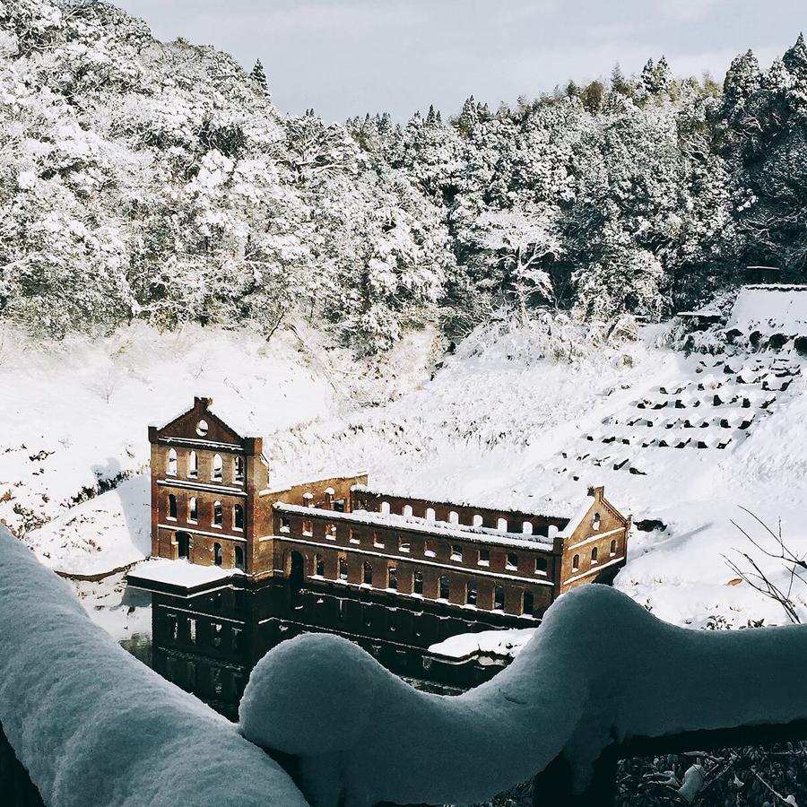 冬は極寒になる伊佐!(雪化粧した曽木発電所遺構)
