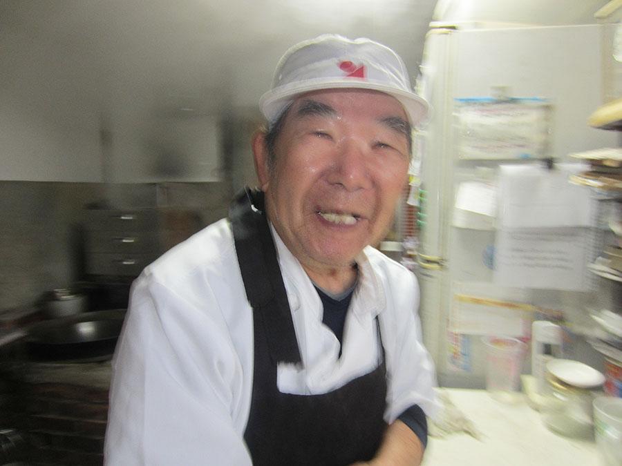 「かからん団子」づくり名人の柏木のおじちゃん(84)